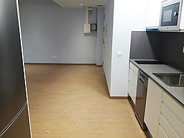 For rent apartment in Pujades street